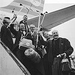 Vijf Nederlanders, waaronder drie doktoren, zijn vanaf Schiphol naar de Himalaya, Bestanddeelnr 917-5548.jpg