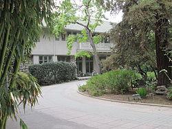 Villa Carlotta Altadena 01.JPG