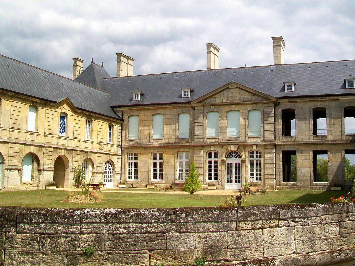 Villers-sous-Saint-Leu - Wikipedia