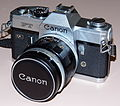 Vintage Canon FT QL 35mm SLR Film Camera, Made In Japan, Circa 1966 - 1972 (13473210395).jpg