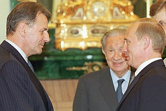 Jacques Rogge - Jacques Rogge with Juan Antonio Samaranch and Vladimir Putin following Rogge's election as IOC President in 2001