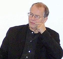 Volker Braun 2006 cropped.jpg