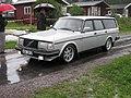 Volvo 240 (6097931581).jpg