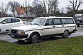 Volvo 245 DL 02.jpg
