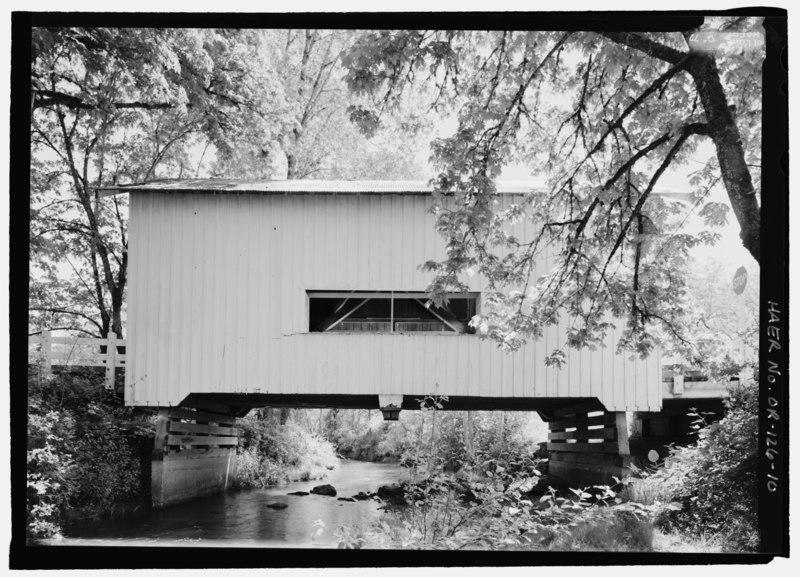 File:WEST ELEVATION OF BRIDGE - Neal Lane Bridge, Spanning South Myrtle Creek, Neal Lane (CR 124), Myrtle Creek, Douglas County, OR HAER OR-126-10.tif