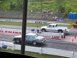Dragstrip - Drag racing vehicles ready to race
