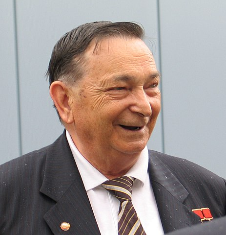 Cosmonaut Valeri Bykovsky, photo by Frank LeubandSource: Wikipedia 463px-WaleriBykowski.jpg