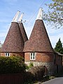 West Farleigh Oast House - geograph.org.uk - 779701.jpg