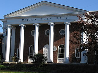 Wilton, Connecticut - Image: Wilton CT Town Hall Front 11112007