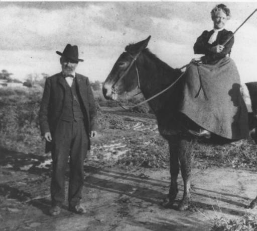 Winfield & Helen Scott, 1900