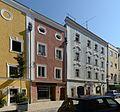Wohn- und Geschäftshäuser Theresienstraße 17-19 (Passau).jpg