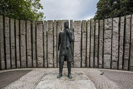 Wolfe Tone Memorial — St Stephen's Green, Dublin 12893624893 o.jpg