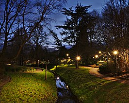 Woluwe stream passing through parc Seny during the evening nautical twilight (Auderghem, Belgium, DSCF2725).jpg