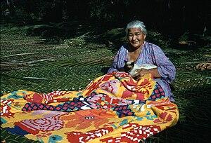 Tivaevae - Woman sewing a tivaevae, Rarotonga.