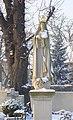 Wrocław, Ołtaszyn, figura Natki Bożej Fatimskiej na cmentarzu przykościelnym WNMP DSC00087.JPG