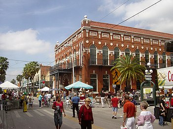 English: Street festival, Ybor City, Tampa, Fl...