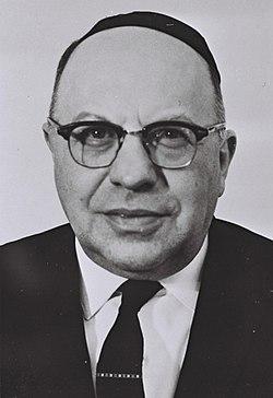 Yossef Burg 1969.jpg