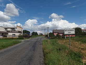 Neplachovice - The entrance to the village