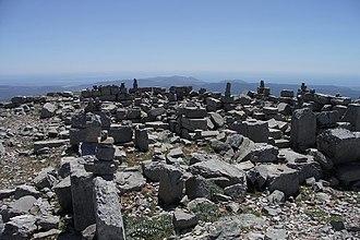 Attavyros (municipality) - Image: Zeus Tempel Att