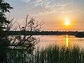 Zonsondergang bij de Krusdobbe in de Alde Feanen.jpg