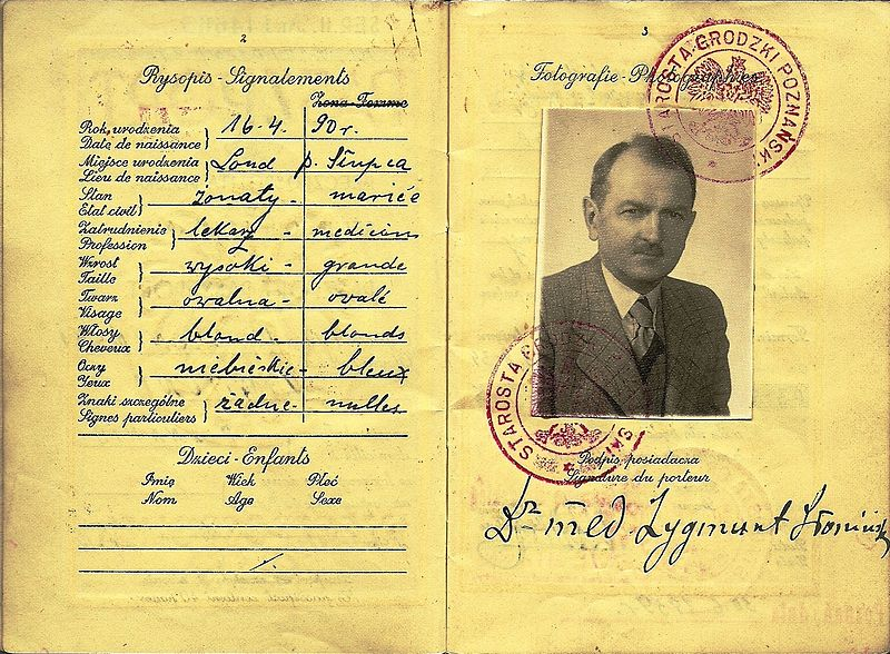 1939 Polish passport issued to Dr. Zygmunt Sloninski, also a major in the army, to be used for travelling to Switzerland to attend an international medical conference. Issued two months before the outbreak of World War Two. A year later he would be murdered by the NKVD. (Huddyhuddy/CC BY-SA 3.0)