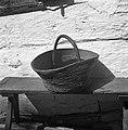 """""""Procaja"""" ali """"seve?nca"""" pletena iz slame in leščevih viter in locaj, Kočarija 1956.jpg"""