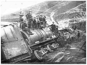 Ongarue railway disaster - Derailed locomotive