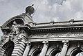 Имя корвета Витязь на фронтоне музея.jpg