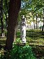 Пушкин, ул. Дворцовая, 15, Скульптура.jpg