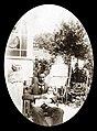 אבא (פריץ ווילר) עם אולה (אילנה) בת חצי שנה 1920 - iאילנה מיכאליi btm6539.jpeg