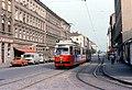 056L04260679 Schüttaustrasse – Schüttauplatz, Blick Richtung Wagramerstrasse, Strassenbahn Linie B Typ.jpg