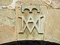 092 Cal Valeri (Montsonís), relleu al portal del carrer Major.JPG