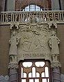 102 Hospital de Sant Pau, edifici d'Administració, sala d'actes, Sant Jordi i macers.JPG