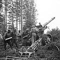 152mm Finnish cannon 01.jpg