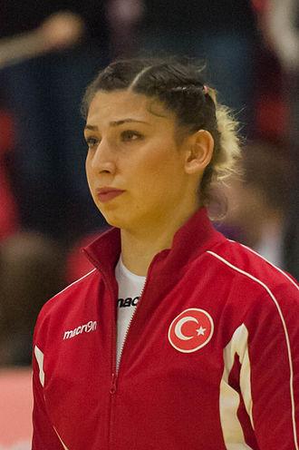 Ceren Demirçelen - Ceren Demirçelen at the 2015 World Women's Handball Championship qualification.