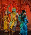 2016 Phnom Penh, Tradycyjny Kambodżański Pokaz Tańca (120).jpg