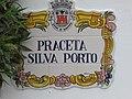 2017-11-02 Street name sign, Praceta Silva Porto, Albufeira.JPG