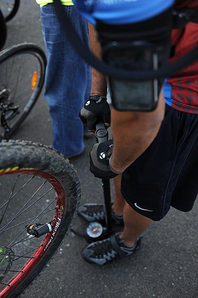 File:25-Mile Ride in Hermeskeil (7706726928).jpg