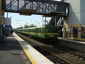 CIÉ 8100 Class - Refurbished unit 8139 at Clontarf Road railway station in March 2008.