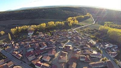 Aérea Pueblo puesta Sol.jpg