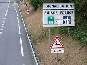 Driver location sign wikivisually comparison of european road signs french sign showing the difference with swiss signs on fandeluxe Images