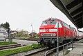 AIMG 8545 Zug im Bahnhof Lengenwang.jpg