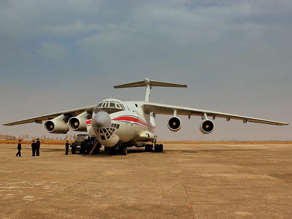 AIR KORYO IL76 P912 AT SONDOK HAMHUNG AIRPORT DPR KOREA OCT 2012 (8179381094)