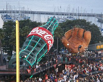 2000 San Francisco Giants season - The Coca-Cola bottle and old-fashioned glove
