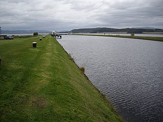 Clachnaharry - View along the canal to the sea lock