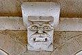 Abbaye Notre-Dame de Sénanque démon du cloître 02.jpg
