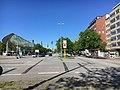 Adenauerallee, Blick Richtung Hauptbahnhof, links der ZOB.jpg