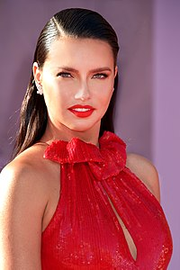 people_wikipedia_image_from Adriana Lima