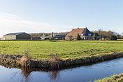 Agrarisch bedrijf in Woudfennen bij Joure 02.jpg