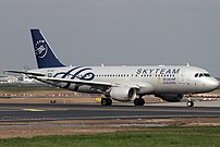 Airbus A320-214, SkyTeam (Saudi Arabian Airlines) AN2262169.jpg